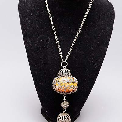 NECKLACE AMBER BALL
